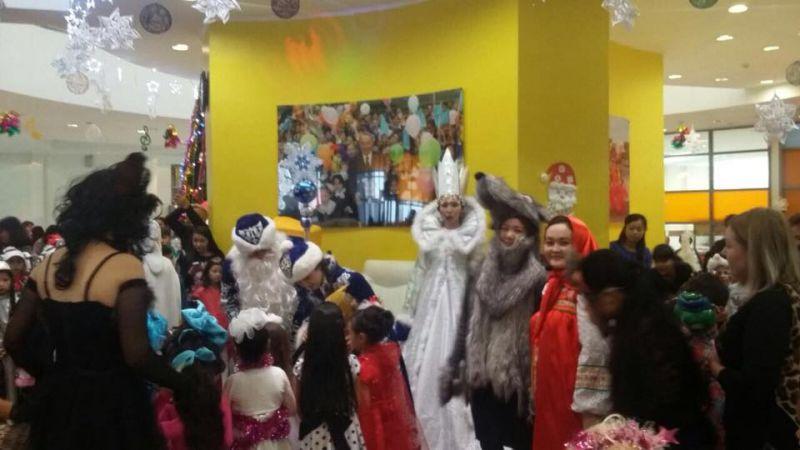 Новогодняя елка для детей Дворца школьников