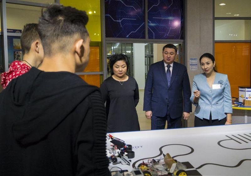 Вице-министр образования и науки Республики Казахстан Каринова Шолпан Танатовна ознакомилась с деятельностью Дворца Школьников